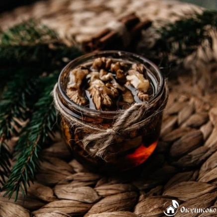 Натуральный мед с грецким орехом (150 г) купить